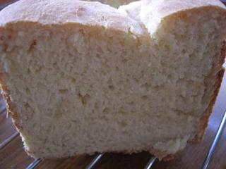 メープル入り食パン 断面