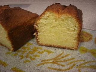 バニラ風味パウンドケーキ